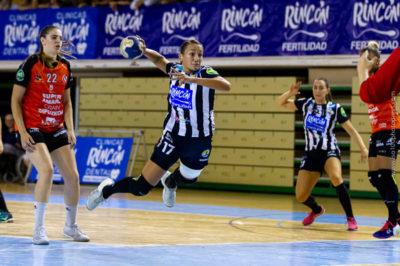 Rocio Campigli en tiro frente a Super Amara Bera Bera en Carranque. Temporada 2018-2019. Iso 100 Photo
