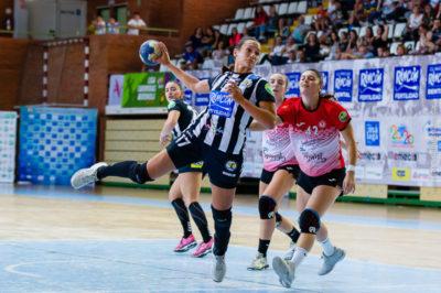 Rocio Campigli. Rincón Fertilidad Málaga vs Club Balonmano Morvedre. Iso100 Photo Press