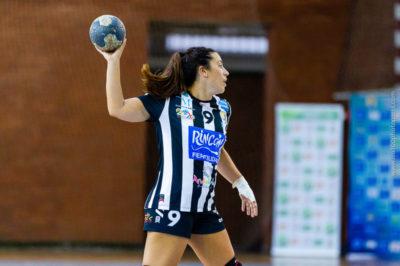 Nuria Andreu Sempere. Rincón Fertilidad Málaga vs Club Balonmano Morvedre. Iso100 Photo Press