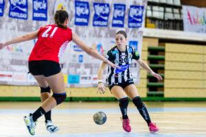 Esperanza López. Rincón Fertilidad Málaga vs Club Balonmano Morvedre. Iso100 Photo Press