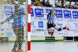 Marina Martín. Rincón Fertilidad Málaga vs Club Balonmano Morvedre. Iso100 Photo Press