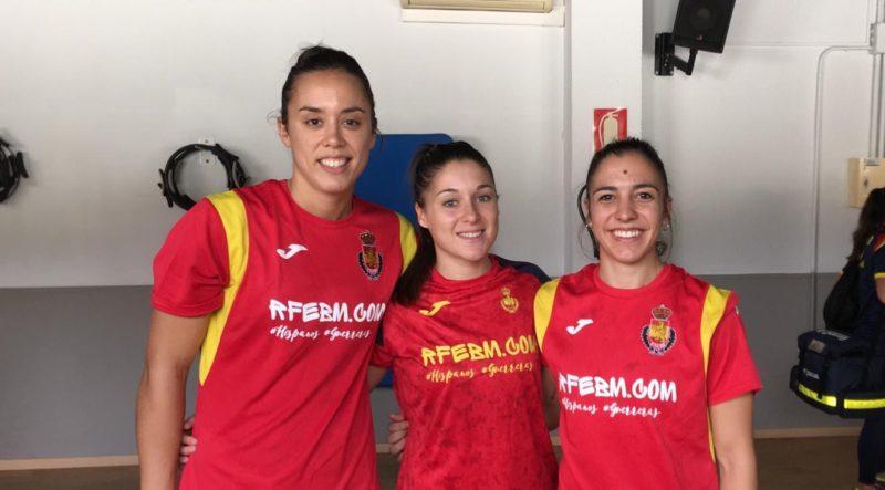 Paula García, Sole López y Estela Doiro con selección