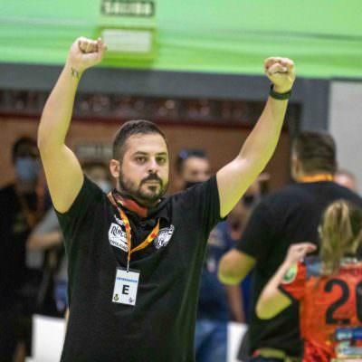 Suso Gallardo celebra el pase a la final frente al ROCASA